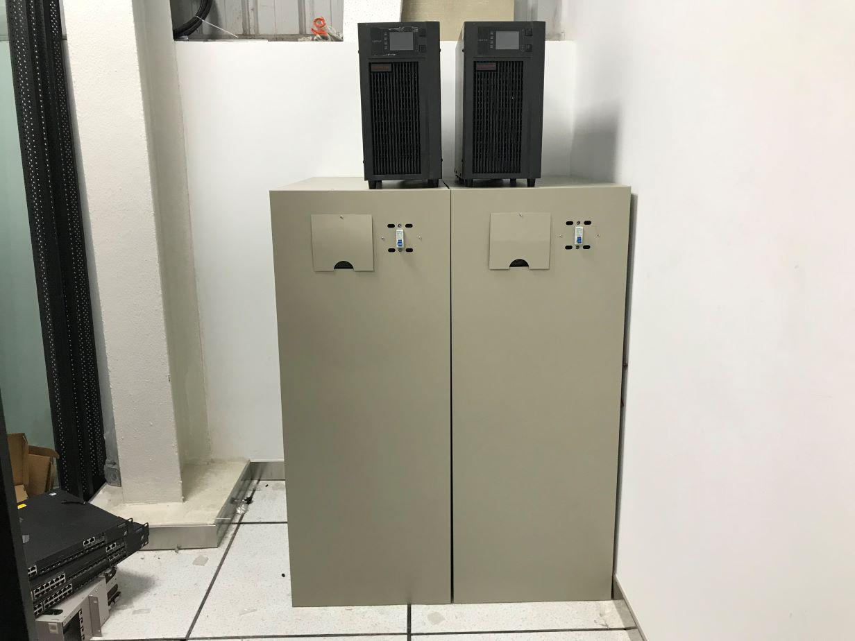 UPS不间断供电电源蓄电池施工安装案例